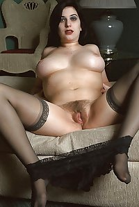 Gothic girl with big tits wants to watch you jack off