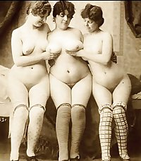 old vintage sex - lesbo group circa 1900