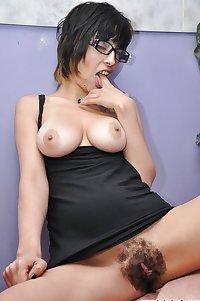 Mature nylon and hairy 28