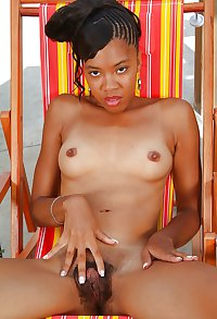 ebony teen hairy pussyv
