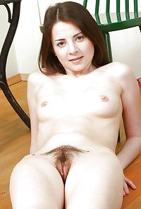 Natural Young Women 321