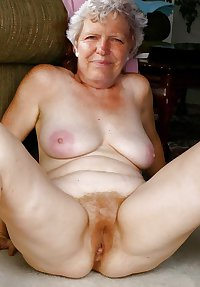 MATURE AND GRANNIES 111