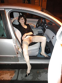 Bottomless and Hairy in the Car