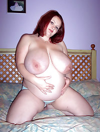 Heavily Pregnant & Busty BBW
