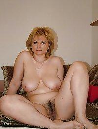 Sexy Curvy Mature Sylvia 2