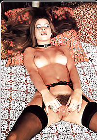 SH Retro Hottest Widespread Hairy Pussy