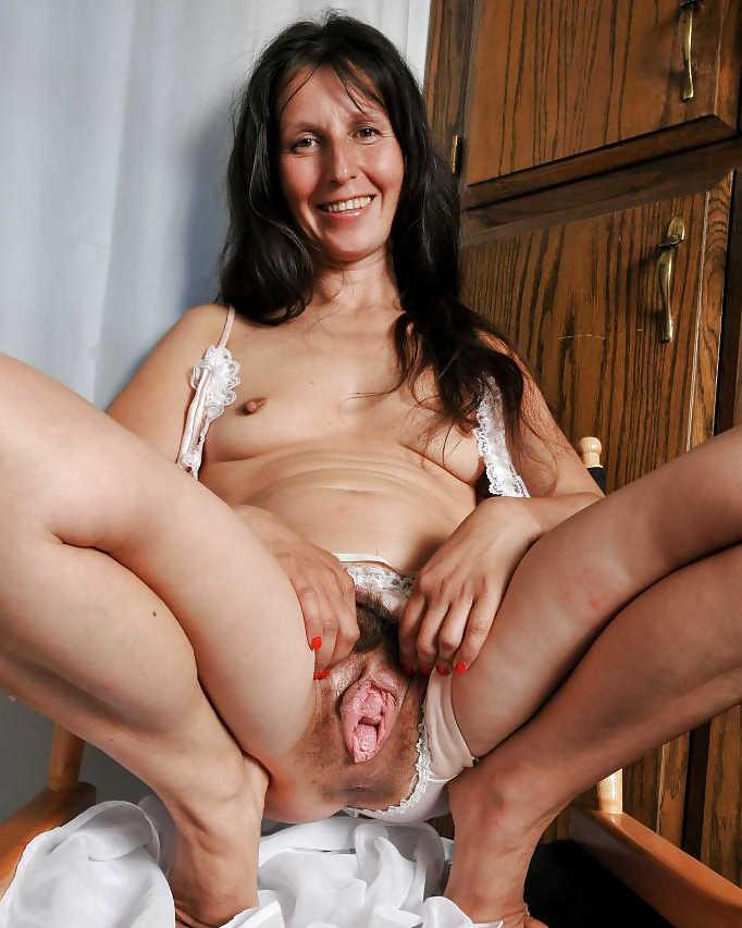 free pics of nude mature women № 317016